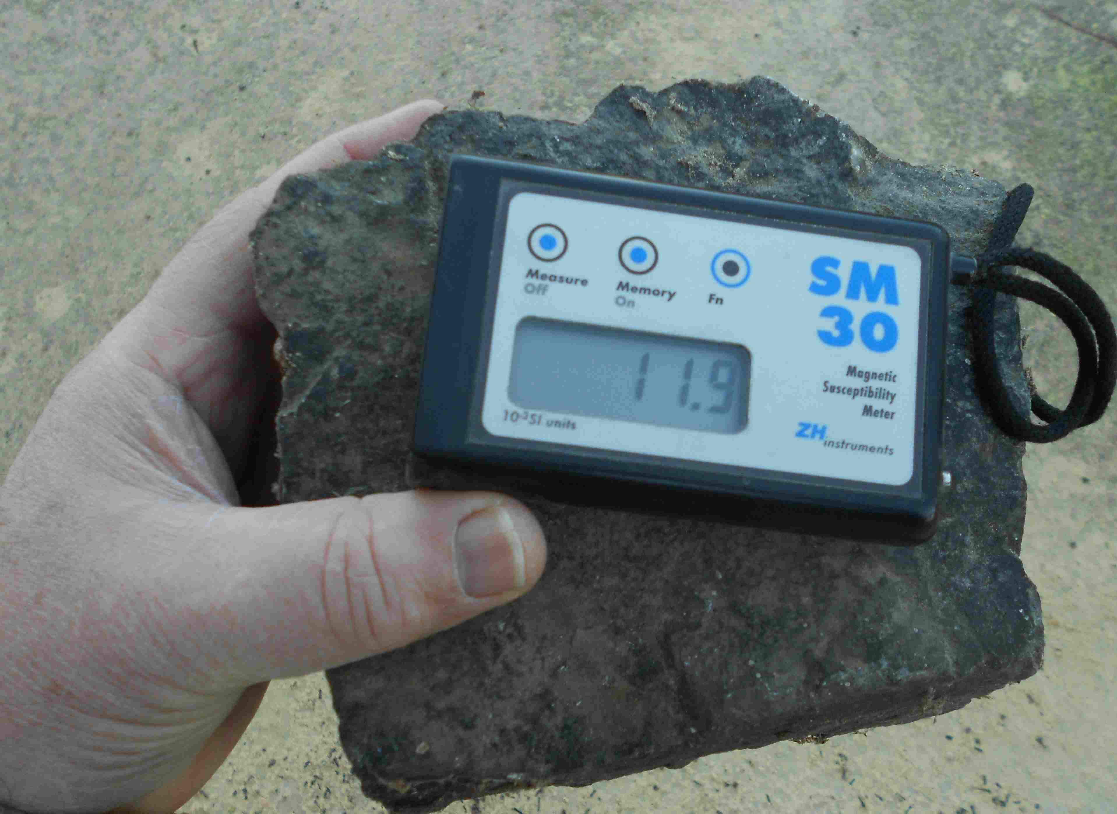 Magnetic Permeability Meter : Exploregeo rental equipment